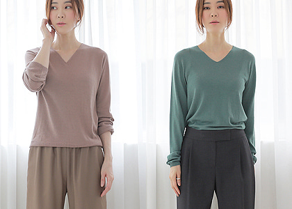 V neck 1416 cashmere &wool .Knit