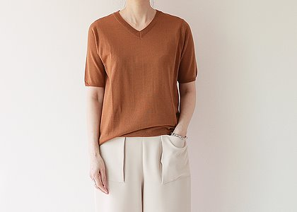 V. neck wool 1919 K.TOP